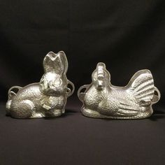 Vintage 3D Cast Aluminum Rabbit Hen Cake Chocolate Dual Sided Molds Lot Of 2 #Unknown