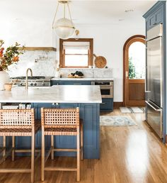 An Interior Designer Shares Her Best Tips for Upgrading Your Kitchen (The Everygirl)