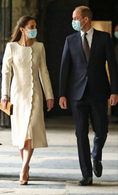 Kate Middleton Outfits, Middleton Family, Kate Middleton Style, Duchess Kate, Duke And Duchess, Duchess Of Cambridge, Prince William Family, Prince William And Catherine, Princess Katherine