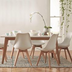 Still one of our favourites settings from this season - the simple elegant and classic Frieda dining table ($799) and Brandon dining chairs ($149) We'd love to see how you have styled this setting in your home this season simply tag @freedom_nz #stylebyfreedom and we will share our favourites  #freedomnz #nzsummer