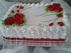 Torta con flores roja