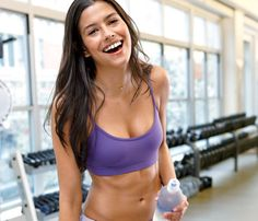 Quick Waist Slimmer: Drink more water! Skip the soda and the wine. Drinking water flushes the system and helps flatten out your mid-section. #SelfMagazine
