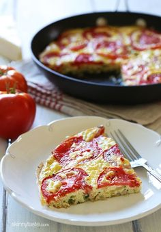 Tomato and Zucchini Frittata - Garden tomatoes, summer zucchini, and Asiago cheese – scrumptious! #cleaneating #glutenfree #vegetarian #lowcarb #weighteatchers 4pp