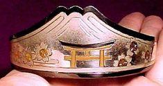 Japanese 950 Sterling & Gold Inlay Bangle Bracelet Antique Items, Antique Jewelry, Bangle Bracelets, Bangles, Japanese, Sterling Silver, Antiques, Gold, Bracelets