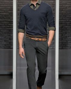 Pin by josias bruce on dope mom's herrenmode pullover, business casual männer, braune Mens Fashion Sweaters, Mens Fashion Suits, Sweater Fashion, Men Sweater, Men's Fashion, Fashion Photo, Trendy Fashion, Latest Fashion, Fashion Ideas