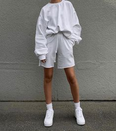 Cute Comfy Outfits, Lazy Outfits, Sporty Outfits, Fashion Outfits, Womens Fashion, Chill Style, Lounge Outfit, Cozy Fashion, Minimal Fashion