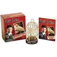 Harry Potter - Miniatura Coruja Edwiges Livro com Adesivos