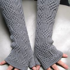 Elger Long Fingerless Mitts Knitting pattern by Linda Lehman Knitted Mittens Pattern, Knit Mittens, Knitting Socks, Hand Knitting, Knitting Stitches, Knitting Patterns, Bead Crochet Patterns, Fingerless Gloves Knitted, Wrist Warmers