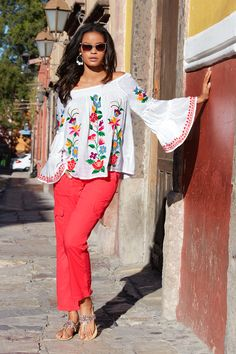 Chic, boho style flows elegantly in this intricately embroidered floral top with pops of colorful, vibrant hues. Smocked details and off-the-shoulder look create an easy, eff Classy Trends, Boho Trends, Stylish Clothes For Women, Stylish Outfits, Mirrored Aviator Sunglasses, Modern Boho, Casual Wear, Boho Fashion, Vanities