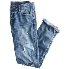 J.Crew Broken-In Boyfriend Jean (1.530 ARS) ❤ liked on Polyvore featuring jeans, pants, bottoms, denim, relaxed boyfriend jeans, torn boyfriend jeans, boyfriend jeans, blue ripped jeans and ripped jeans