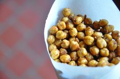 How To Make Spicy Roasted Chickpeas | A Healthy Vegan Snack
