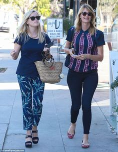 Close co-stars! Wild and Big Little Lies castmates Reese Witherspoon (L) and Laura Dern (R...
