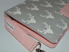 Items similar to Diaper clutch / Buck / Gray and Pink on Etsy Diaper Clutch, My Etsy Shop, Trending Outfits, Unique Jewelry, Handmade Gifts, Wallet, Gray, Pink, Shopping