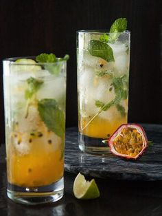 Passion Fruit Mojito - Will Cook For Friends Summer Drinks, Cocktail Drinks, Cocktail Recipes, Fruit Drinks, Alcoholic Drinks, Drinks Alcohol, Beverages, Passion Fruit Mojito, Mojito Ingredients