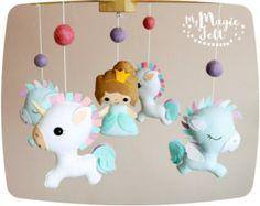 Unicornio bebé móvil  móvil de cuna princesa  arco por mukibaba