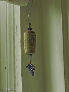 Wine Cork Ornament - could make for Christmas -with different beads and maybe some ribbon