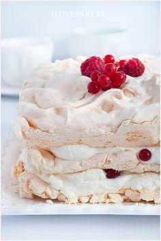 tort bezowy Meringue Pavlova, Food Cakes, Vanilla Cake, Cake Recipes, Sweet, Blog, Recipes, Pies, Cakes