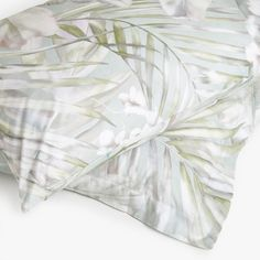 Image 1 of the product DIGITAL TROPICAL PRINT PILLOWCASE