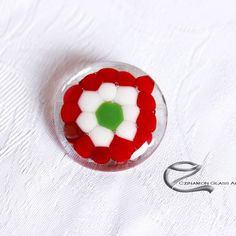 Magyar kitűző Badges, Brooch, Buttons, Glass, Drinkware, Badge, Brooches, Corning Glass, Plugs
