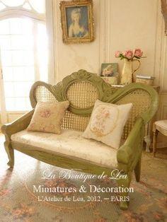 Sofa Napoléon III by AtelierdeLea on Etsy, €69.00
