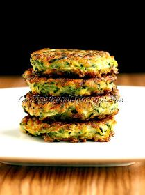 ZUCCHINI FRITTERS – Quick, easy & so delish! These fritters are dairy-free, egg-free & guilt-free! Egg Free Recipes, Baby Food Recipes, Cooking Recipes, Zucchini Pancakes, Zucchini Fritters, Zucchini Patties, Paleo Pancakes, Paleo Vegan, Vegan Zucchini