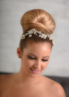 Style 2041 Headpiece ***AVAILABLE FOR ORDER***