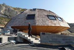 """Salon-de-Provence, France.Une maison """"ovni"""" à Lançon. UFO house near the notorious Bugarach in the south of France."""