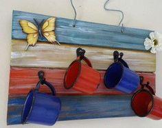 Suporte para xícaras em madeira pátina