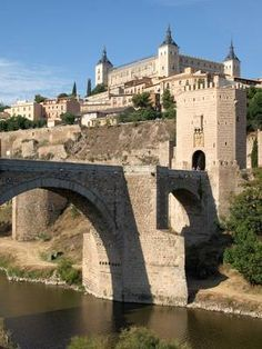 Murcia, Spain And Portugal, Medieval Castle, Nature Crafts, Pilgrimage, Tower Bridge, Travel Guides, The Good Place, Beautiful Places
