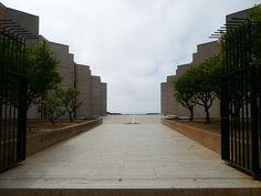 San Diego, CA Salk Institute for Biological Studies - Louis Khan