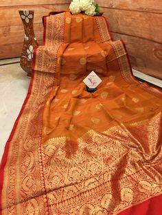 Red Saree Wedding, Bengali Wedding, Bengali Bride, Brocade Blouse Designs, Fancy Blouse Designs, Saree Blouse Designs, Banarsi Saree, Silk Sarees, Bride Reception Dresses