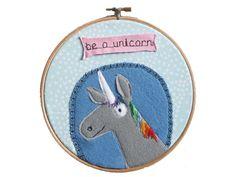 gesticktes Bild im Stickrahmen Einhorn unicorn von hebbedinge auf DaWanda.com