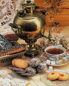 (via Old Samovar). Time for tea in Russia.