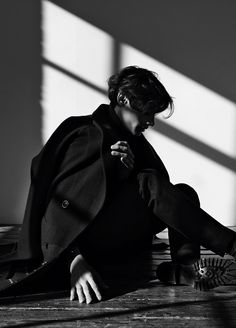 """EDITORIAL Off Black Magazine """"The Shadow Line"""" Feat. Timur Simakov by Johanna Nyholm"""