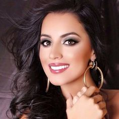 Gobernador Botero felicitó a María Alejandra López, Miss Mundo Colombia 2015
