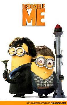 Protagonistas de la serie de televisión Sherlock como Minions.