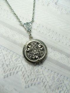 Silver Celtic Knot Locket Necklace – Silver Celtic Garden – Jewelry by BirdzNbeez