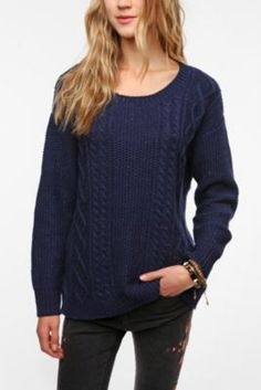 covered elbows sweater. coming for you too <3