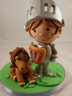 Create this cute knight with his little pony on a Foundation Modelling course - great idea for a children's birthday cake!