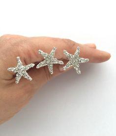 Perno di capelli di cristallo Starfish Set di 3 accessori per capelli da sposa spiaggia di SSCrystals su Etsy https://www.etsy.com/it/listing/266970693/perno-di-capelli-di-cristallo-starfish