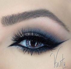 Image via We Heart It https://weheartit.com/entry/136391995/via/12917232 #beautiful #fashion #girly #loveit #makeup