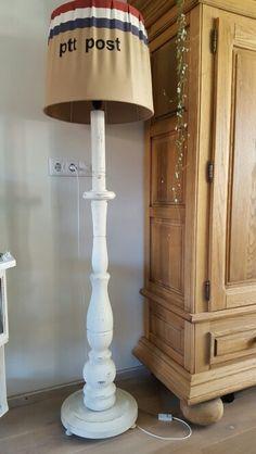 Lamp bewerkt AnnieSloan verf kap bekleed ptt stof