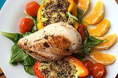 Gefülltes Hähnchenbrustfilet auf Sommersalat mit Quinoa (Rezept mit Bild) | Chefkoch.de