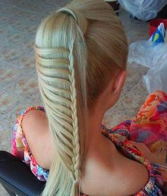 awesome pony with braid feature  Pinned on behalf of Pink Pad, the women's health mobile app with the built-in community