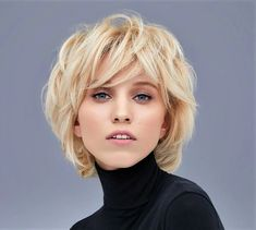 50 Chic Short Bob Hairstyles & Haircuts for Women in 2019 - Style My Hairs Short Shag Hairstyles, Trending Hairstyles, Hairstyles Haircuts, Short Hair With Layers, Short Hair Cuts, Mandy Moore Short Hair, Medium Hair Styles, Curly Hair Styles, Corte Y Color