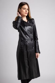 Long Leather Coat, Leather Pants, Confident Woman, Raincoat, My Style, Sexy, How To Wear, Jackets, Outfits