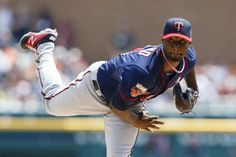 May 11, 2014; Detroit, MI, USA; Minnesota Twins starting pitcher Samuel Deduno (21) pitches in the first inning against the Detroit Tigers at Comerica Park. Mandatory Credit: Rick Osentoski-USA TODAY Sports