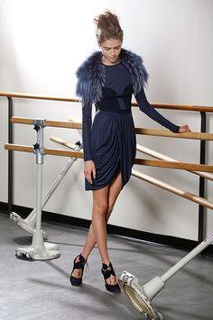 J. Mendel Resort 2011 Fashion Show - Taryn Davidson