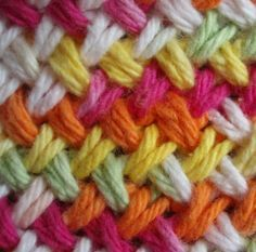 Woven Basket Stitch. Free dishcloth pattern. I made some of these and they are quick and easy once you get the pattern down. My favorite dishcloth right now.