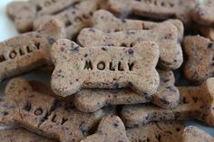 "All Natural Dog Treat: Low Fat, Personalized, Gluten-Free, Homemade, Gourmet Blueberry ""Mini"" Bone on Etsy, $8.00"